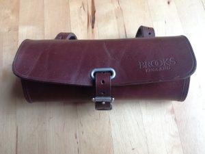 Brooks satulalaukku